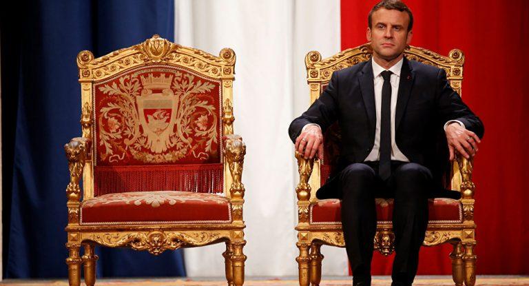 Du Roi Soleil au président jupitérien…