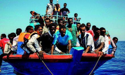 Image illustrant l'article le-navire-affrete-par-les-ong-sos-mediterranee-et-medecins-sans-frontieres-a-secouru-au-large-de-la-libye-141-personnes-a-bord de Les Clionautes