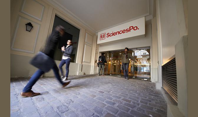 Séminaires sur l'enseignement de l'Histoire à Science Po Paris.