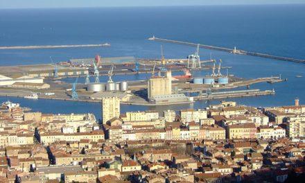 Le port de commerce de Sète
